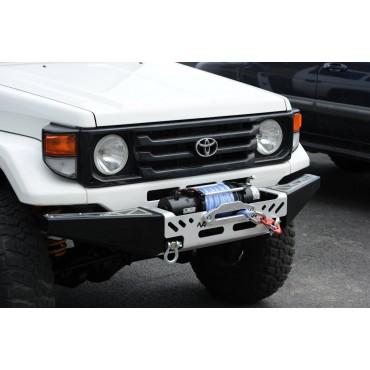 Pare-chocs Toyota J7...