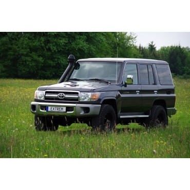 TOYOTA LAND CRUISER GRJ76